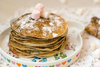 Breakfast for children is delicious pancakes - бесплатный image #343621