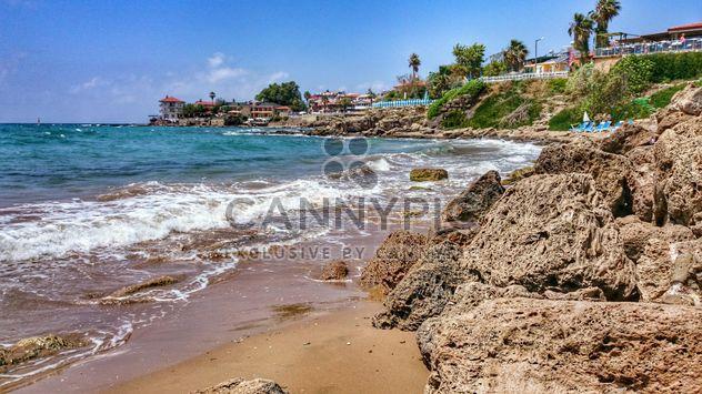 Скалистые морского берега возле benach - бесплатный image #344021
