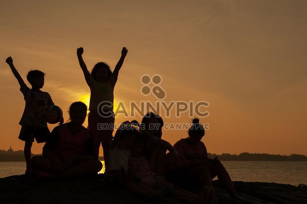 Children on a sea at subset - Free image #344081
