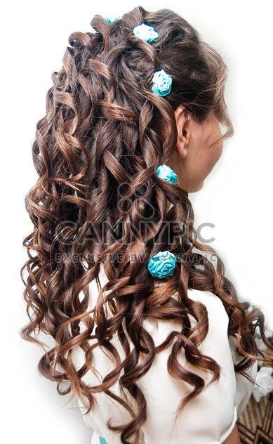 Vue arrière d'une femme brunette avec une jolie coupe de cheveux - image gratuit #345031