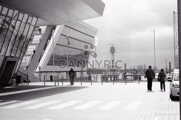 Crucero centro de Altona, en Hamburgo, Alemania, blanco y negro -  image #346261 gratis