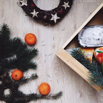Christmas cake, tangerines and decorations - бесплатный image #347811