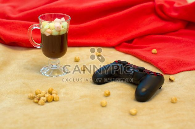 Chocolate quente com marshmallows e gamepad - Free image #347981