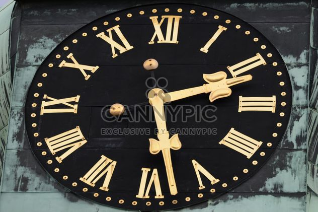 Clsoeup of big clock on building - Free image #348611