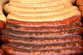 Closeup of tasty grilled sausages - бесплатный image #348631