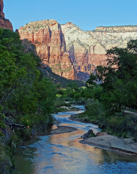 Virgin River Reflections, Zion NP 5-14 - image gratuit #351201