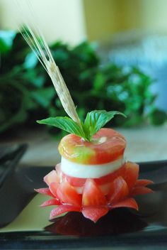Tasty caprese salad - Kostenloses image #380481
