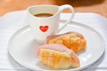 Sandwiches and cup of coffee - Kostenloses image #380501