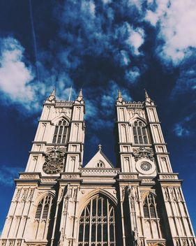 Westminster abbey on beautiful sky background - image gratuit #136441