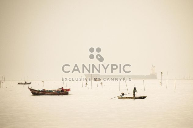 Fisherboats on the water - image gratuit #183411