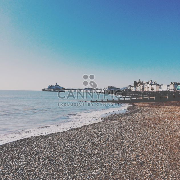 Beach in Eastbourne - image #184071 gratis