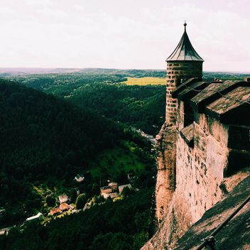 Amazing landscape with old fortress, Germany - Kostenloses image #184131