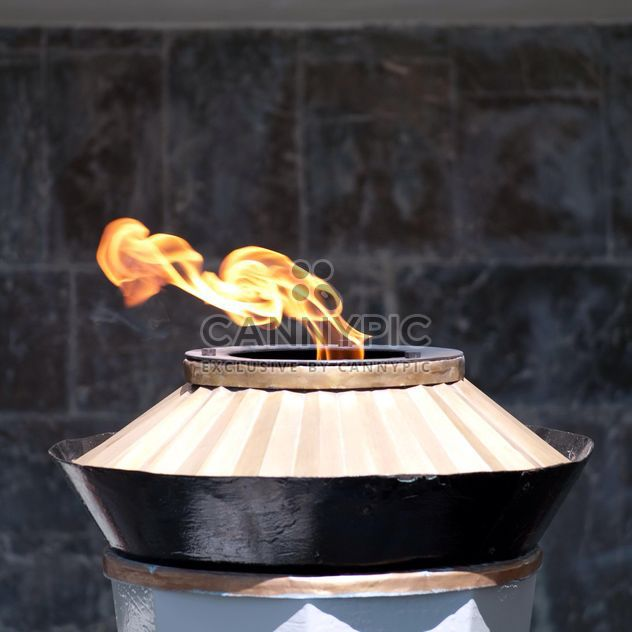 Burning eternal flame - image #186741 gratis