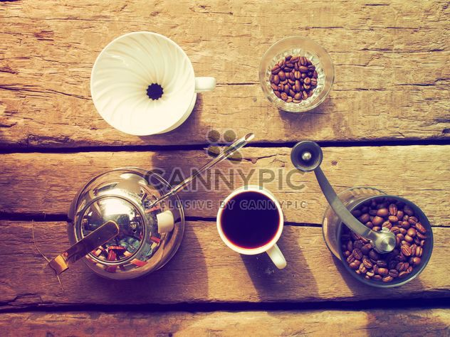 Coffee set on wooden background - image gratuit #186961