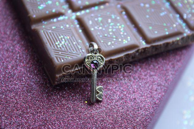 Chocolate y clave decorativo - image #187391 gratis