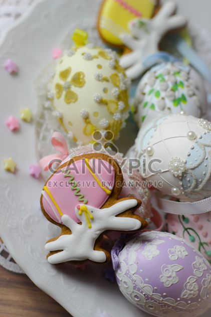 Cookies decorated with pearls - image #187571 gratis