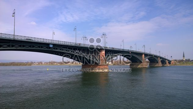 Theodor Heuss Bridge and River Rhein - бесплатный image #187881