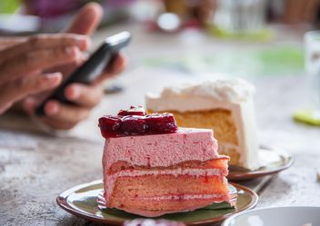 Cakes on a table - Free image #201151