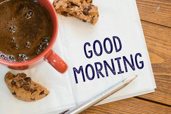 Cup of coffee, cookie and notes on wooden background - Kostenloses image #271591