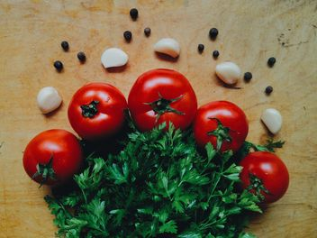 Tomatoes with garlic - image #274851 gratis