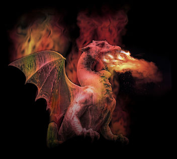 Fire Breathing Mythical Dragon - Kostenloses image #281151
