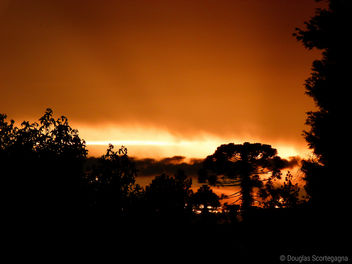 Fire in the sky - Kostenloses image #284711