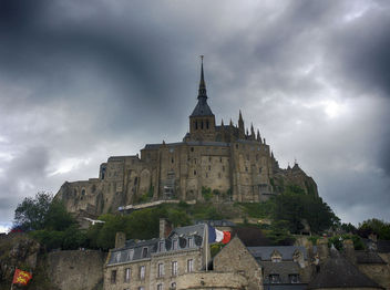 Stormy Sky Above Mont Saint-Michel - бесплатный image #286841