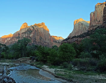 Zion, First Light, Virgin River 4-30-14e - image gratuit #291951