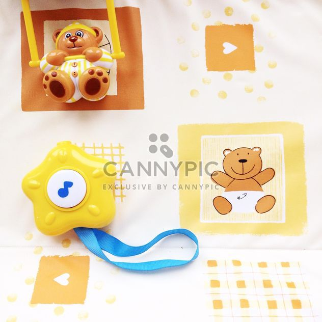 Teddy bear and toy star on cute background - Free image #301351