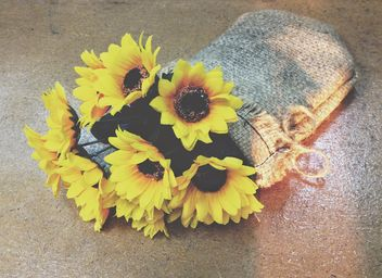 flowers in a bag - image #301391 gratis