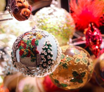 Christmas decoration ball - image #302371 gratis