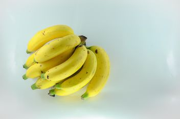 Bunch of bananas - image gratuit #304621