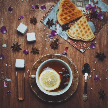 Tea with lemon and anise - image gratuit #304721