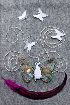 Applique made of paper fox, butterflies and feather - image #305371 gratis