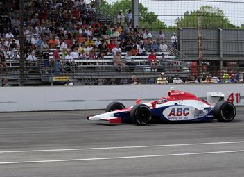 Jeff Simmons racing at Indy 500 - image #305691 gratis