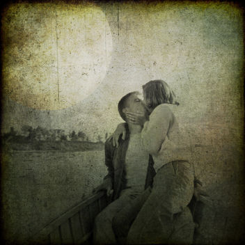 The kiss - image #308201 gratis