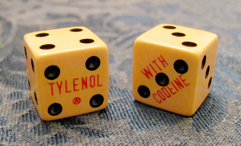 vintage doctor's swag - craps dice advertise tylenol with codeine - image gratuit #309241