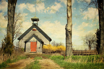 East Dawn Schoolhouse - image #312491 gratis