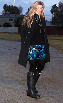 printed mini skirt+tights and boots and rain coat+hunter boots+wellies - image #314551 gratis