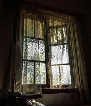 Haunted With Ghosts - image gratuit #319331