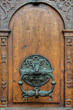 Antique wooden door - image #321231 gratis
