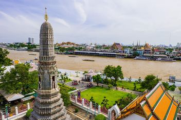Thai temple with beautiful landscape - image gratuit #329651
