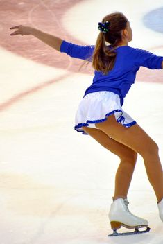 Ice skating dancer - image gratuit #330921