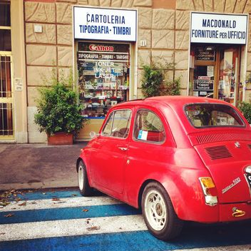 Red Fiat 500 - Kostenloses image #331181