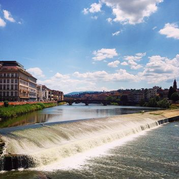 View on Arno river in Florence - image #331431 gratis