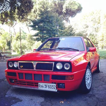 Red Lancia car - image gratuit #331681