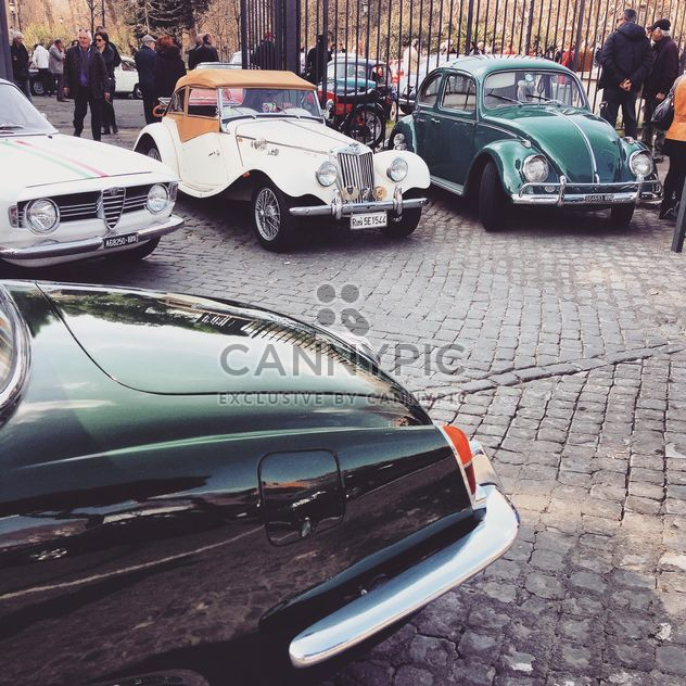 Old cars in Rome - image gratuit #332221
