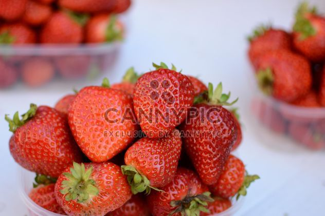 Strawberry in bowls - Free image #334301