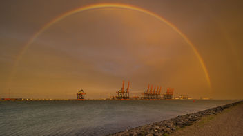 Rainbow - 15 november 2015 - 16:40h - Port of Rotterdam - image #334531 gratis