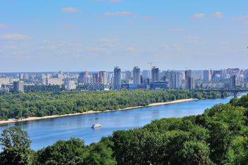 The views of the Dnipro and left shore of Kiev - бесплатный image #335061